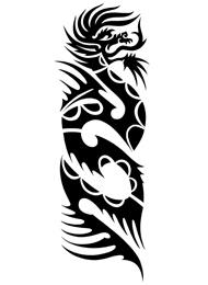 Tatuaggio Tribale con Dragone Giapponese