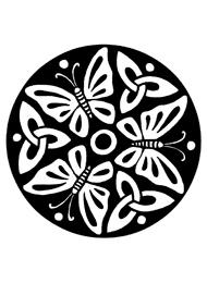Disegno di un Tatuaggio Triskell con Farfalle