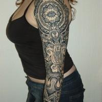 Calypso dotwork eye arm 200x200 Tattoo Artist gallery: Calypso