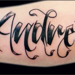 Tattoo a name -  Chicano style
