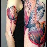 tulip tattoo julia rehme 200x200 Tattoo Artist Gallery: Julia Rehme