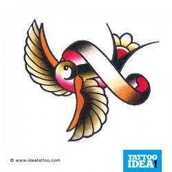 tatuaggio della rondine in volo