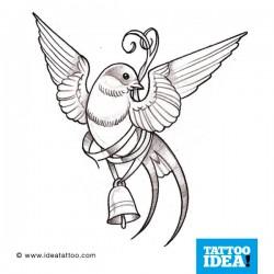 tatuaggio della rondine con campana