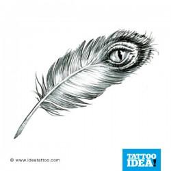 tatuaggio di Piuma con occhio